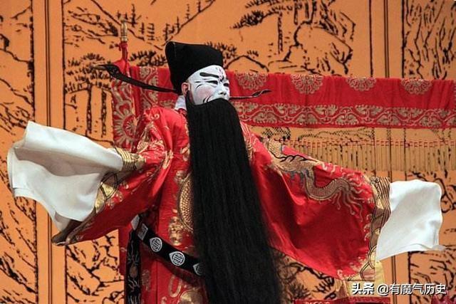 """三國群雄并起,為何單單曹操被冠以""""奸雄""""之名"""