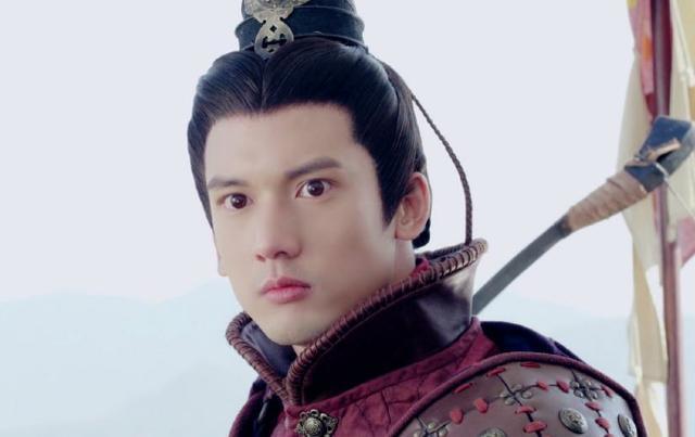 東漢最強青年,14歲名滿天下,24歲為丞相,后成開國第一功臣