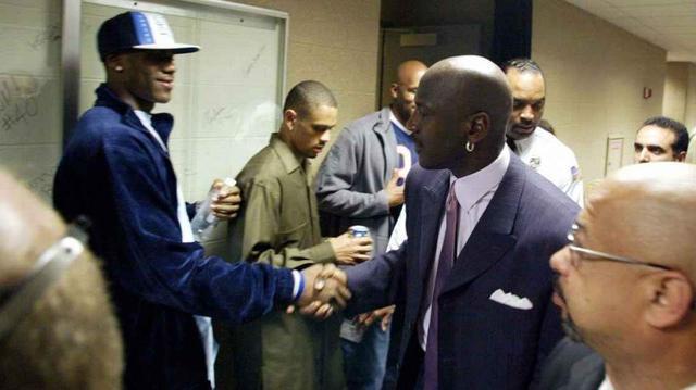 NBA人物志:解密Chosen 1往事 17岁天选之子詹姆斯当年也曾被看衰