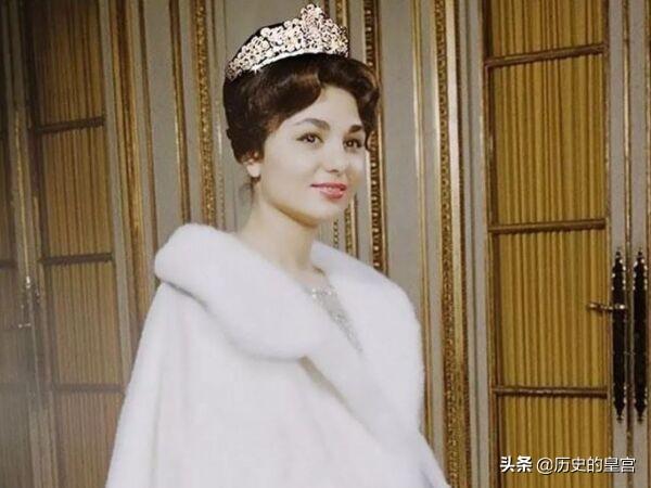 伊朗末代國王的三位王后,一個比一個漂亮,命運卻一個比一個悲劇