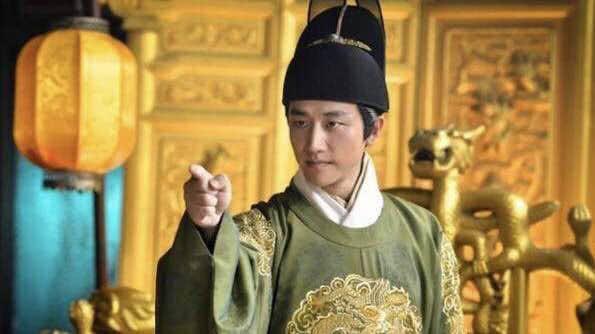 作為皇室的后代,天選之子,他為何幾次性情大變?