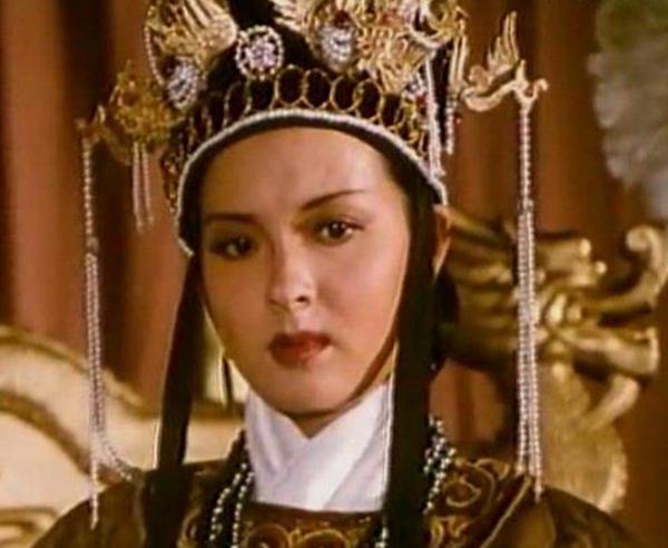 她逼疯皇帝气死太上皇,还把皇妃赐给乞丐,比武则天慈禧厉害百倍
